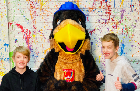 Bayside mascot Pheagle the Eagle teaches kids great content through his weekly online program.